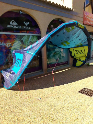 Aile North Kiteboarding EVO 12 m² 2016 d'occasion nue