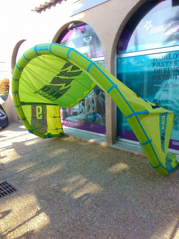 Aile North Kiteboarding NEO 9 m² 2016 d'occasion nue