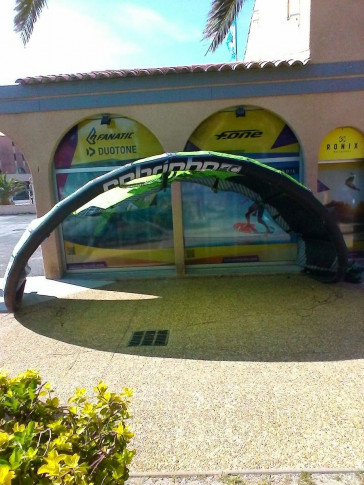Aile Cabrinha Switch blade 14 m² 2012 d'occasion nue