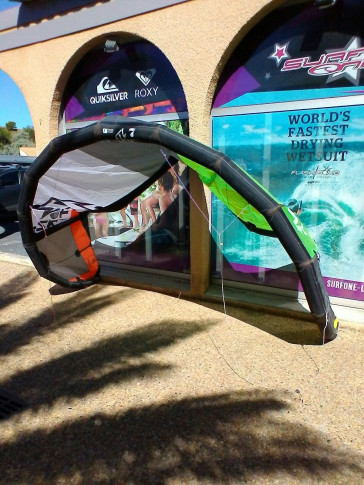 Aile North Kiteboarding NEO 7 m² 2012 d'occasion complète