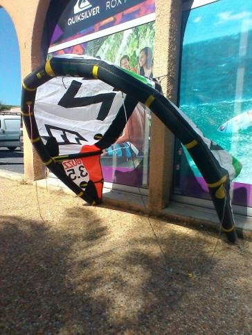 Aile de kite d'occasion North Kiteboarding BUZZ 3.5 m² 2014 nue