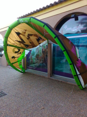 Aile North Kiteboarding EVO 12 m² 2010 d'occasion nue