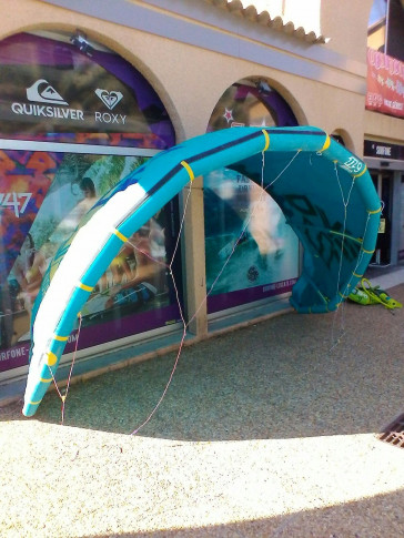 Aile North Kiteboarding EVO 9 m² 2014 d'occasion nue