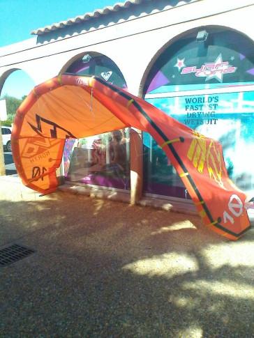 Aile de kite d'occasion North Kiteboarding EVO 10 m² 2014 complète