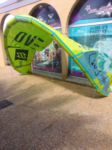 Aile North Kiteboarding EVO 10 m² 2016 d'occasion nue