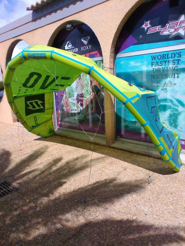 Aile North Kiteboarding EVO 9 m² 2016 d'occasion nue