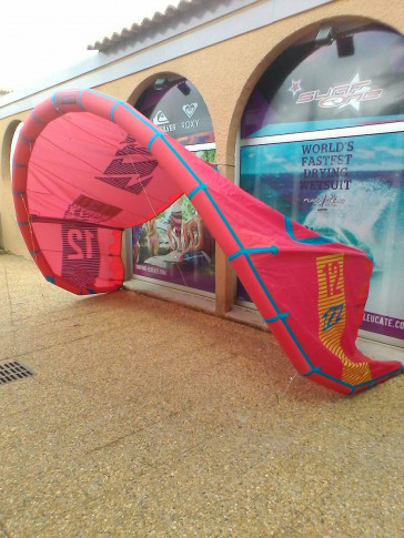 Aile North Kiteboarding NEO 12 m² 2016 d'occasion nue