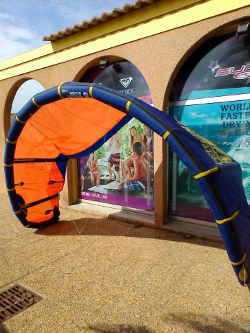 Aile North Kiteboarding VEGAS 8 m² 2013 d'occasion nue