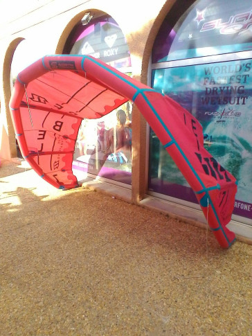 Aile North Kiteboarding REBEL 7 m² 2016 d'occasion nue