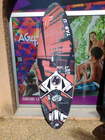 planche de Windsurf occasion Tabou ROCKET WIDE 108L 2016