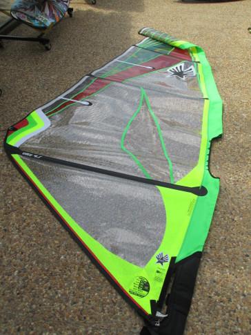 Ezzy Elite 2014 - 4.7 m² (Voiles de Windsurf) occasion surfone leucate