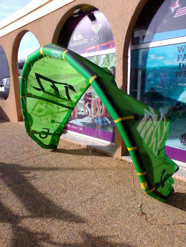 Aile North Kiteboarding EVO 6 m² 2014 d'occasion nue