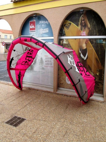 North Kiteboarding Rebel Nue 2009 - 9 m²