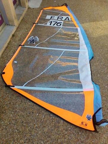 Voile de windsurf Ezzy Sails SUPERLITE 5.5 m² 2007 d'occasion